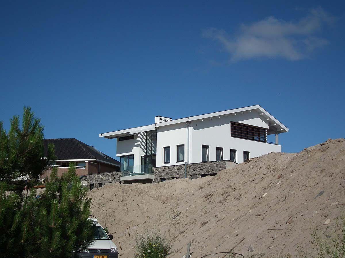 Interieur ontwerp villa bnla architecten - Modern huis aan zee ...