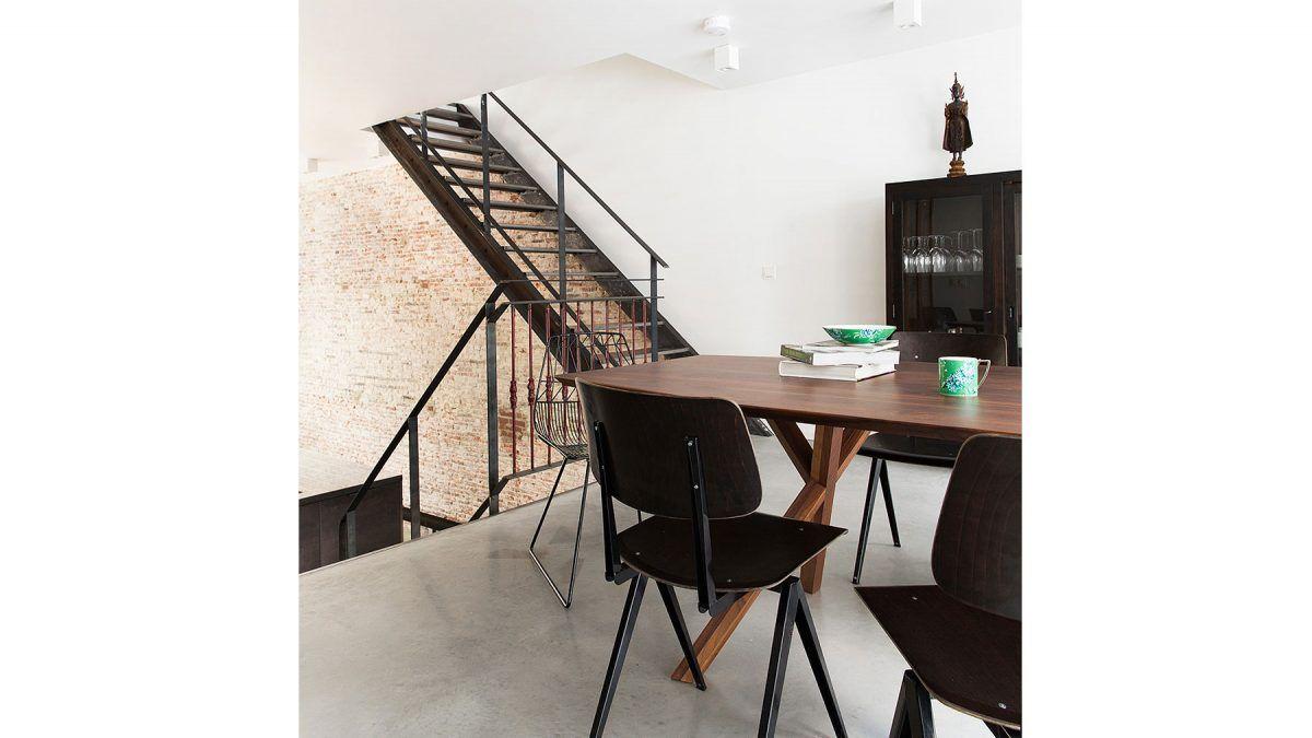 Verbouwing huis Amsterdam - nieuwe eetkamer met betonvloer