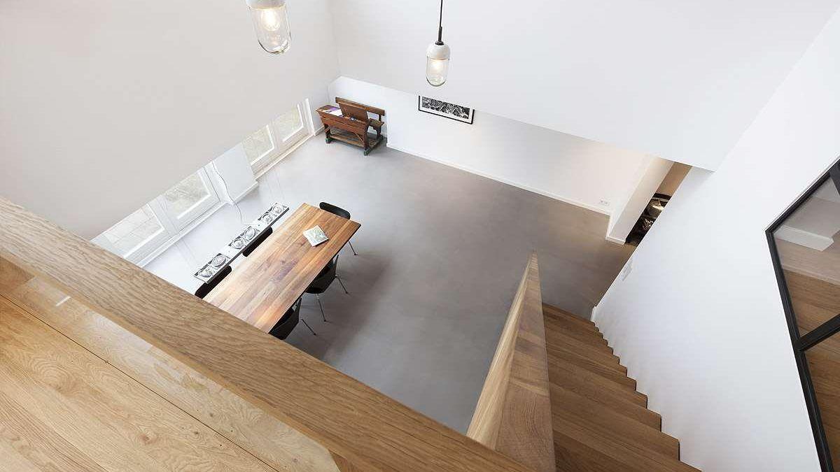 Ontwerp vide van moderne woning door BNLA Architecten