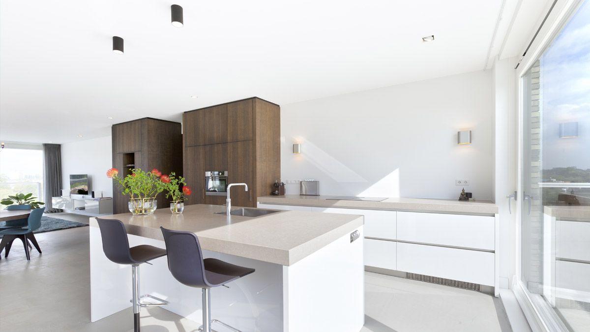 Open keuken loft appartement. Ontwerp door BNLA Architecten.