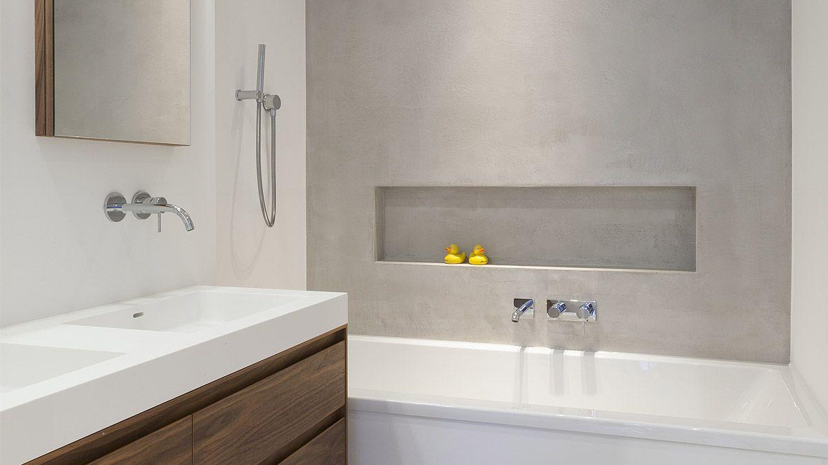 Moderne badkamer in casco stadsappartement