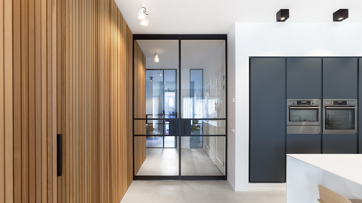 Modern interieur in nieuwbouw appartement