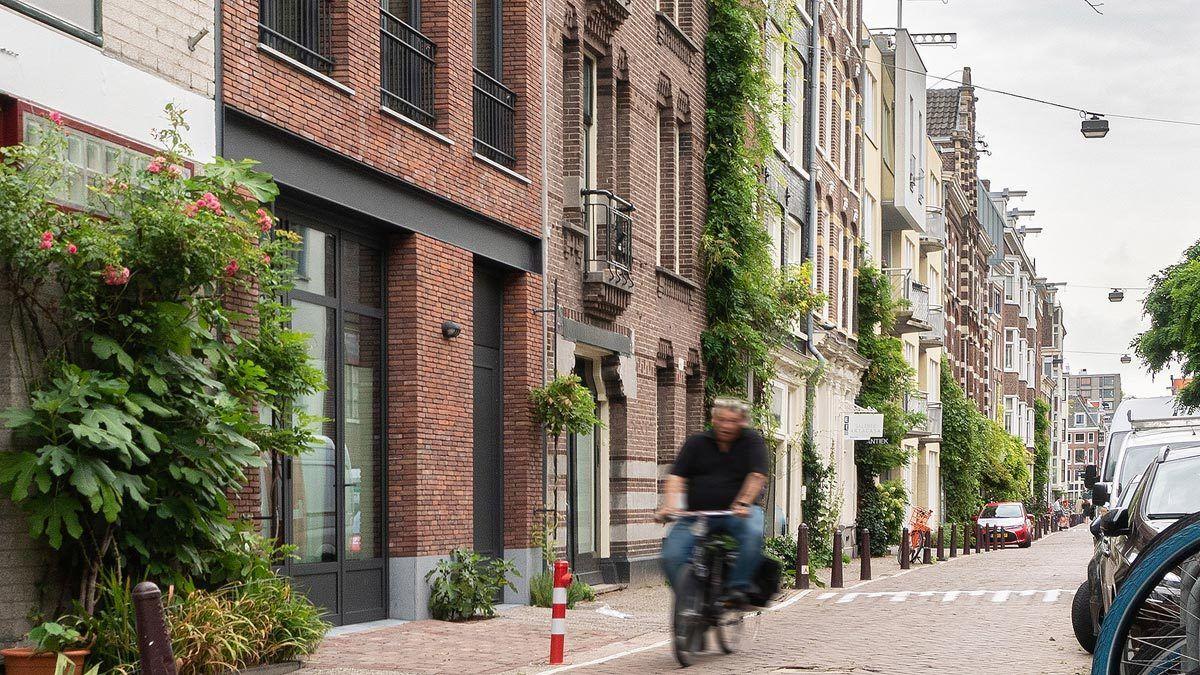 nieuwbouw woning in de historische binnenstad door BNLA architecten