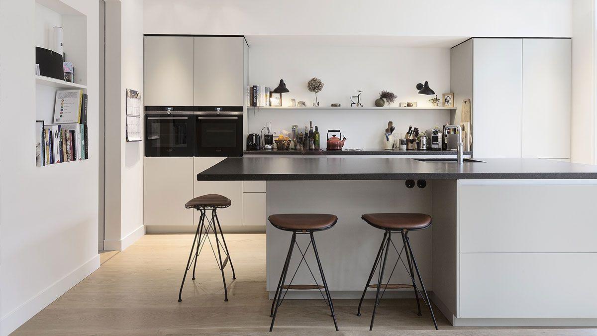 BNLA-architecten-ontwerp-sfeervolle-moderne-keuken