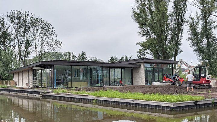 BNLA-architecten-nieuwbouw-patio-bungalow-muiden-architect